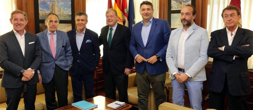 El 'Corredor Atlántico', nuevo foco de trabajo entre Ayuntamiento y empresarios leoneses